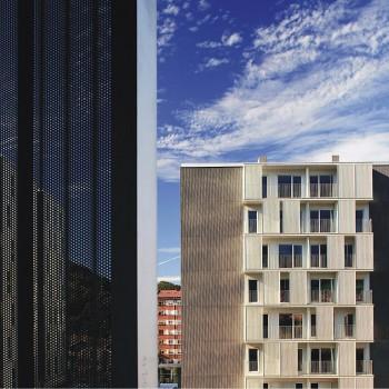 Edificio de 210 viviendas en Llodio | Location: Llodio, Álava | Architect: TYM Asociados, S.L. | Installer: Industrias J.L. Continental Iberica, S.L. | Book: 2010