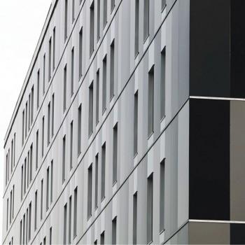 Edificio residencial   Emplacement: Vitoria, Álava   Architecte: Javier Arregi e Iñaki Echeandia; CLIM Estudio de arquitectura, SLP   Installateur: Alutec   Livre: 2011
